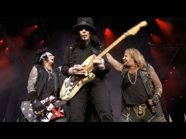 Motley Crue - Wild Side Anarchy In The U.K. (Live @ Download Festival 2015)