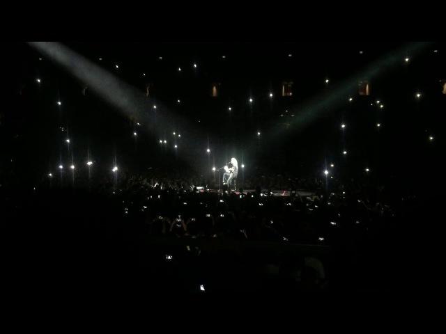 Brian May - Tavaszi szél (Queen Adam Lambert, 2017 november 4, Budapest)