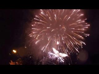 Фейерверк в честь 101-летия Мурманска / Fireworks - a celebration of the 101 anniversary of Murmansk