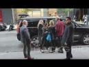 Блейк Лайвли и Кристофер Бакли прибывают на премьеру «Paint It Black» в Нью-Йорке 15.05.17