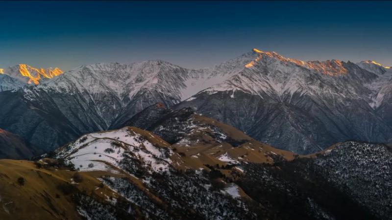 Чечня. Кавказский хребет.