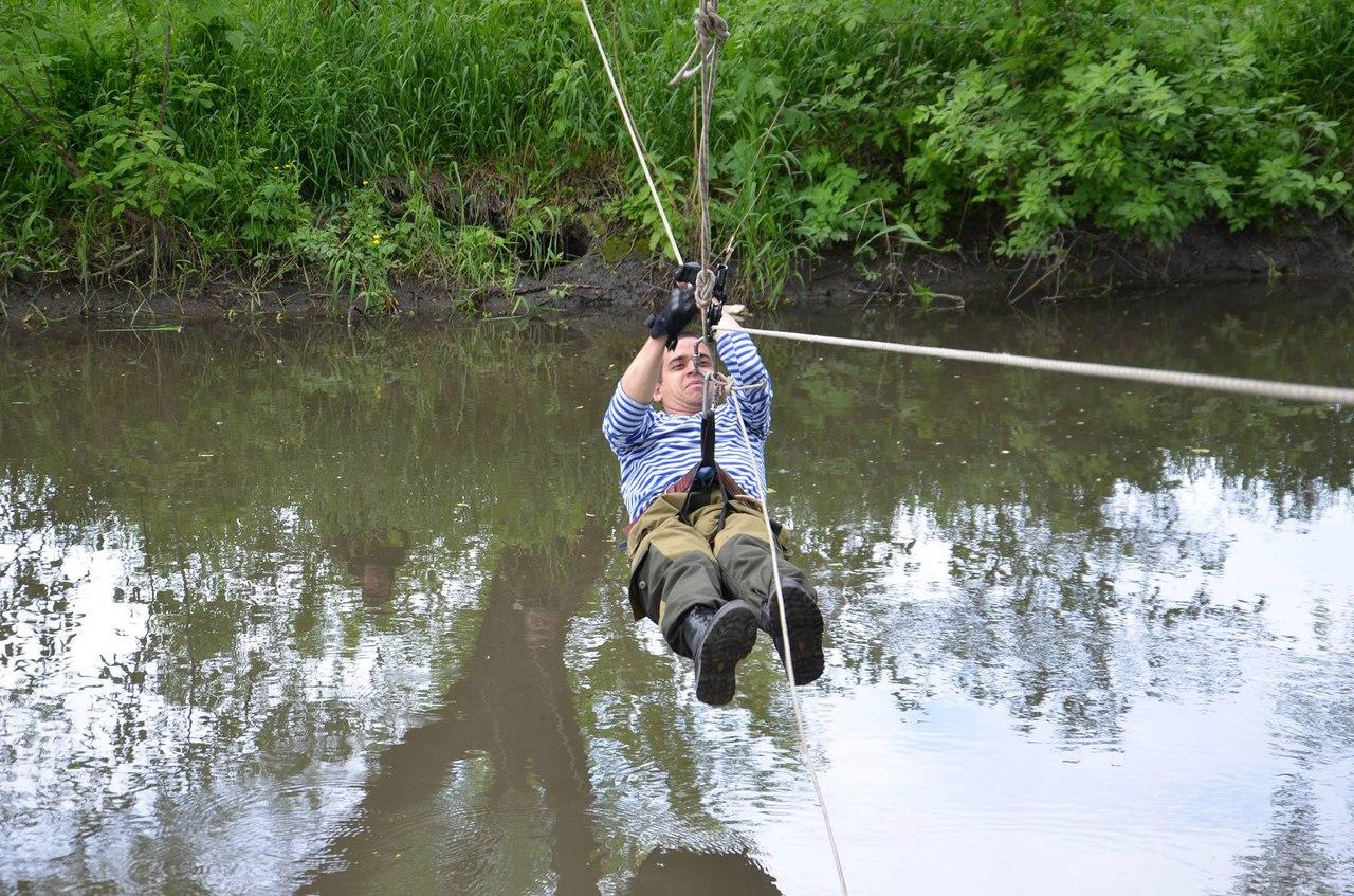 ВПК Луганска провели открытое занятие по преодолению водных преград