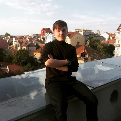 Дамир Гурин