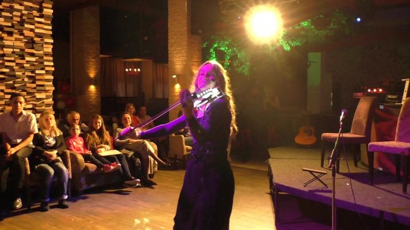 Виктория Шаповаленко Lady Music Выступление в ТЦ Карнавал Рестоклуб Дочь вишня