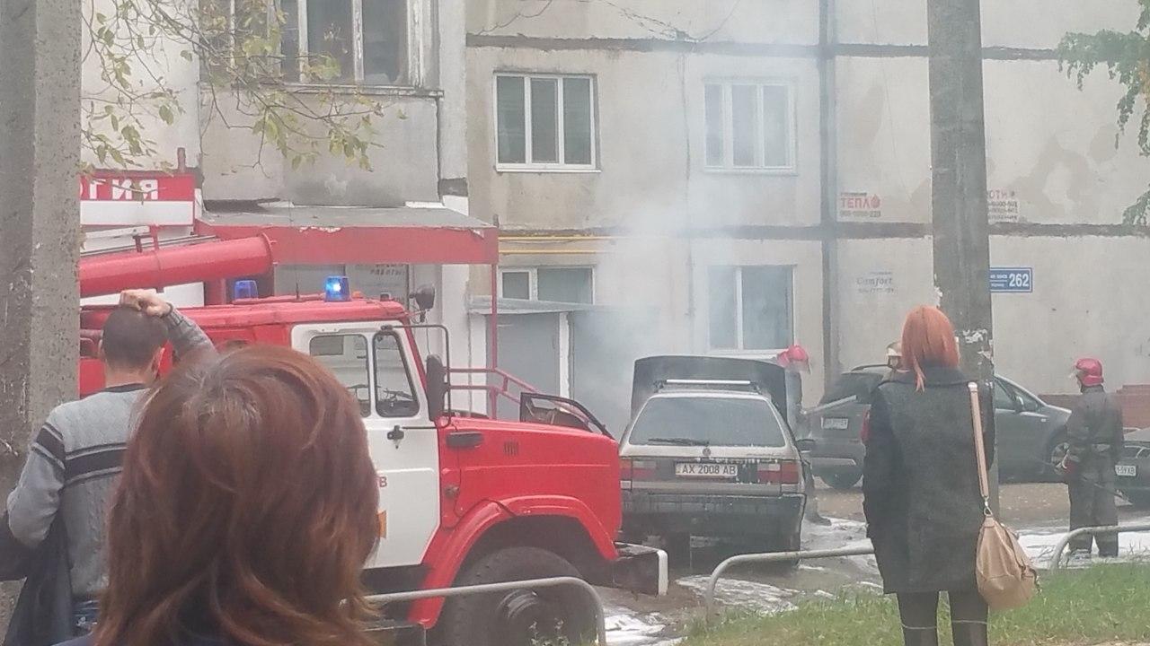 У Харкові згоріла чергова іномарка - фото 2