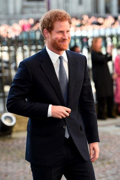 Принц Гарри подарил кольцо Меган Маркл