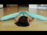 10 Extreme yoga poses with Sarah Mundo