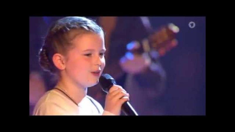 The Kelly Family feat. Emma Maria Kelly singen An Angel beim ARD-Schlagercountdown 2017