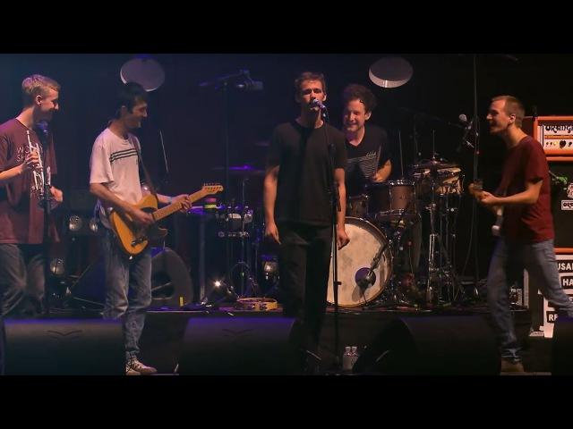 Du Bist Überall - AnnenMayKantereit (Live in Berlin) | amk_fan