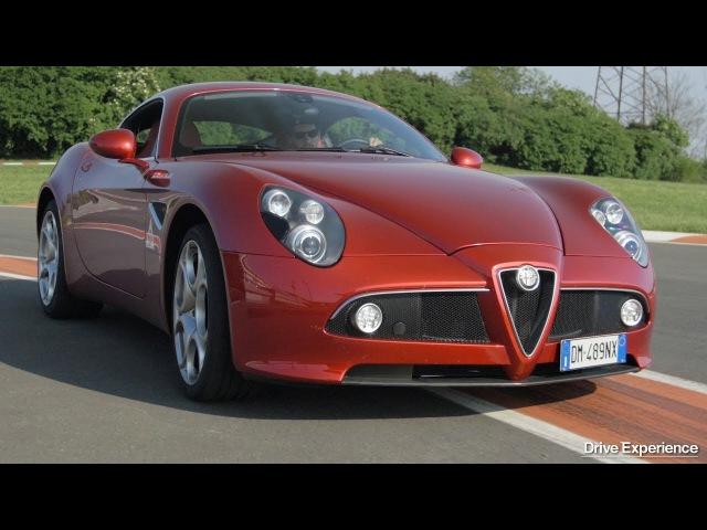 Alfa Romeo 8C Competizione - Dipinto in movimento o vera GT? Test di Davide Cironi (ENG.SUBS)