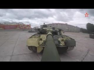 Танки Кантемировской дивизии исполняют «вальс»