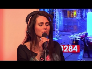 Within Temptation - Whole World Is Watching (Live Acoustic At QMusic)