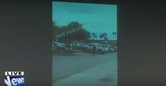 ВИДЕО. Американская полиция обнародовала кадры убийства безоружного афроамериканца: https://ria.ru/world/20161001/1478276537.html