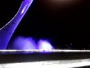 Олимпийский огонь и поющий фонтан города Сочи