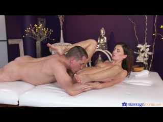 Camilla Moon aka Ambika Gold Brunette Babe's 1st Time Squirting