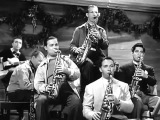 Chattanooga Choo Choo (1941) Tex beneke and the Glenn Miller orchestra