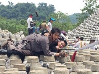 Зов героев: Эдди Пэн против Джеки Ву