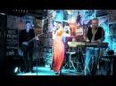 Актриса, певица, Виктория Витте с кавергруппой yourstar