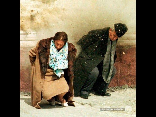 Ditador comunista da Romênia e sua mulher foram capturados e fuzilados com o evento ao vivo em 1989