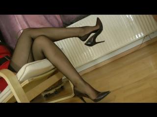 Goddess Leyla shoe\foot fetish