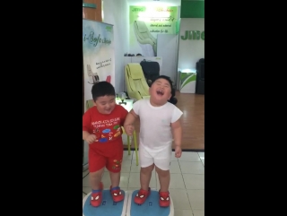 Funny kids trying the fat burner :)