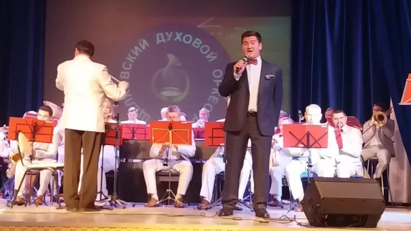 Бойцун Кирилл и Щелковский духовой оркестр Первым делом самолёты