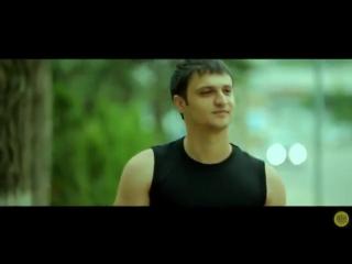 Артур Саркисян-Я не ангел (480p)
