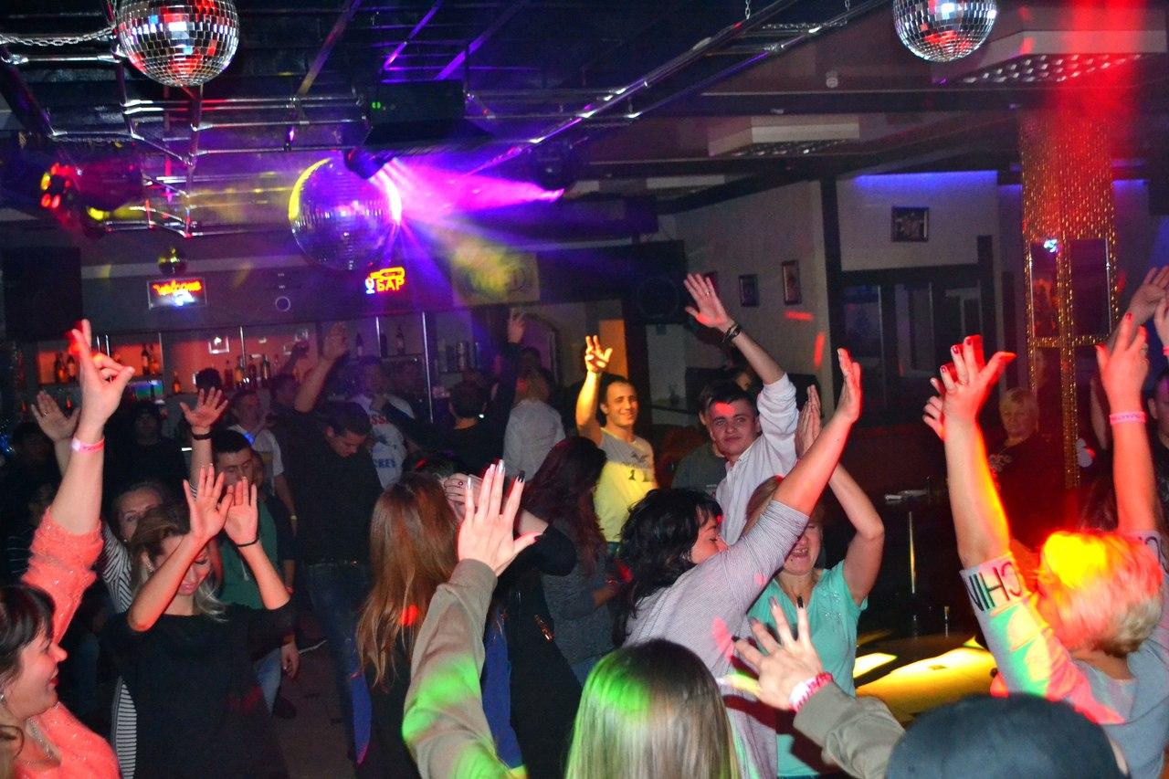 Аэлита ночной клуб стриптиз в клубе ялта