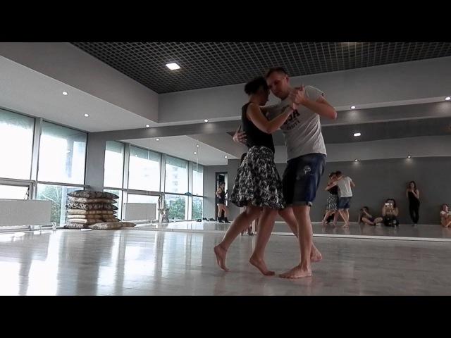 Женя и Оля танцуют шочи