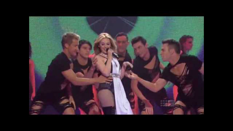 HD Kylie Minogue - GET OUTTA MY WAY (LIve at Hey Hey It's Saturday)