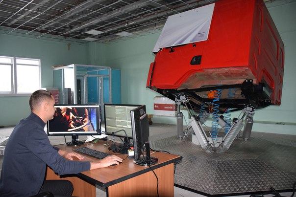 Динамический тренажер «Forward» лесовозного грузового автомобиля «SISU»
