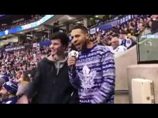 Видеозапись с Шоном с хоккея «Maple Leafs» в Торонто 18/12/16