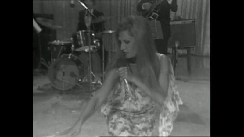 Dalida - Darla dirladada / 23-08-1971 Une cigogne sur la 2