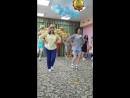 Танец мам на выпускном в детском саду.