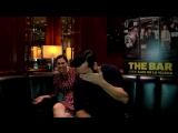 Истерический смех во время интервью