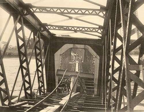 XXІІ. Залізничний міст в Наґара Ґава