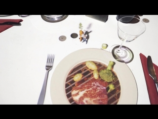 В ресторане Le Petit Chef (Маленький шеф-повар)
