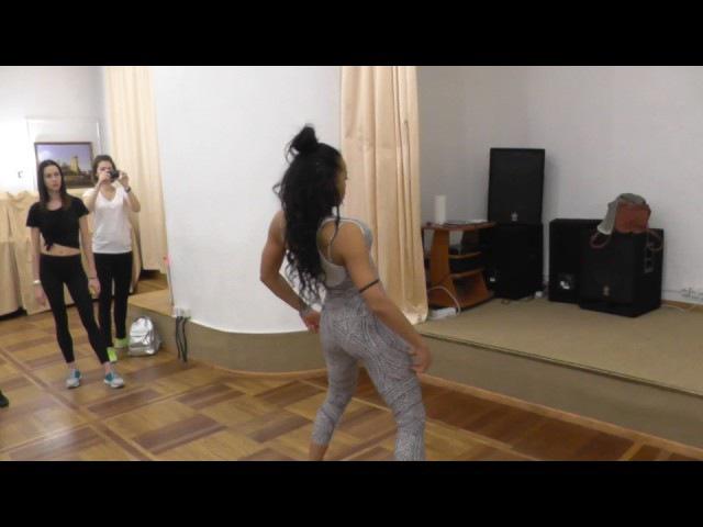 Yunaisy Farray. Ladies style - Cabaret 2. Cuba Si 2016