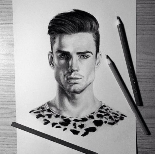 Рисую портреты 💫