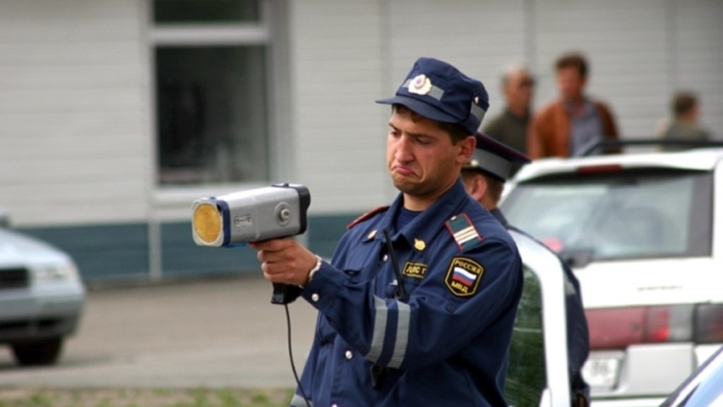 В Карачаево-Черкесии инспекторам ДПС вернули ручные радары
