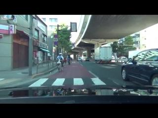 Полицейская погоня на велосипедах в Японии