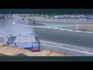 Drift Vine   s15 Masashi Yokoi vs corvette Daigo Saito at Ebisu Circuit CRASH