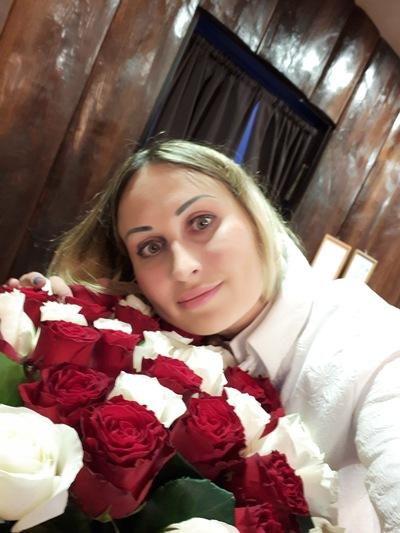 Анастасия Хилтон