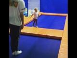 Наш маленький и веселый инструктор!!!