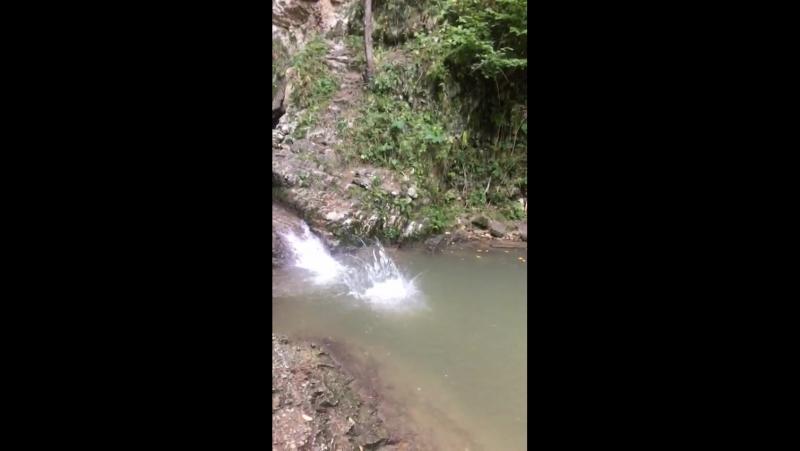 Водопад в кобани mp4