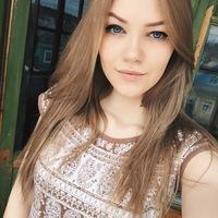 Полина Азанчевская