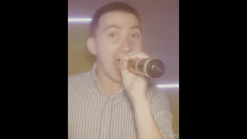 Андрей Карипов (Эндрю К) - Larger Than Life (cover Backstreet Boys) Live, живой звук