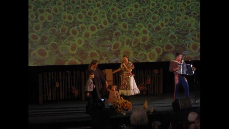 Музыкальное поздравление от Марии Некалиной. Юбилейный вечер Народной артистки РФ Людмилы Зайцевой