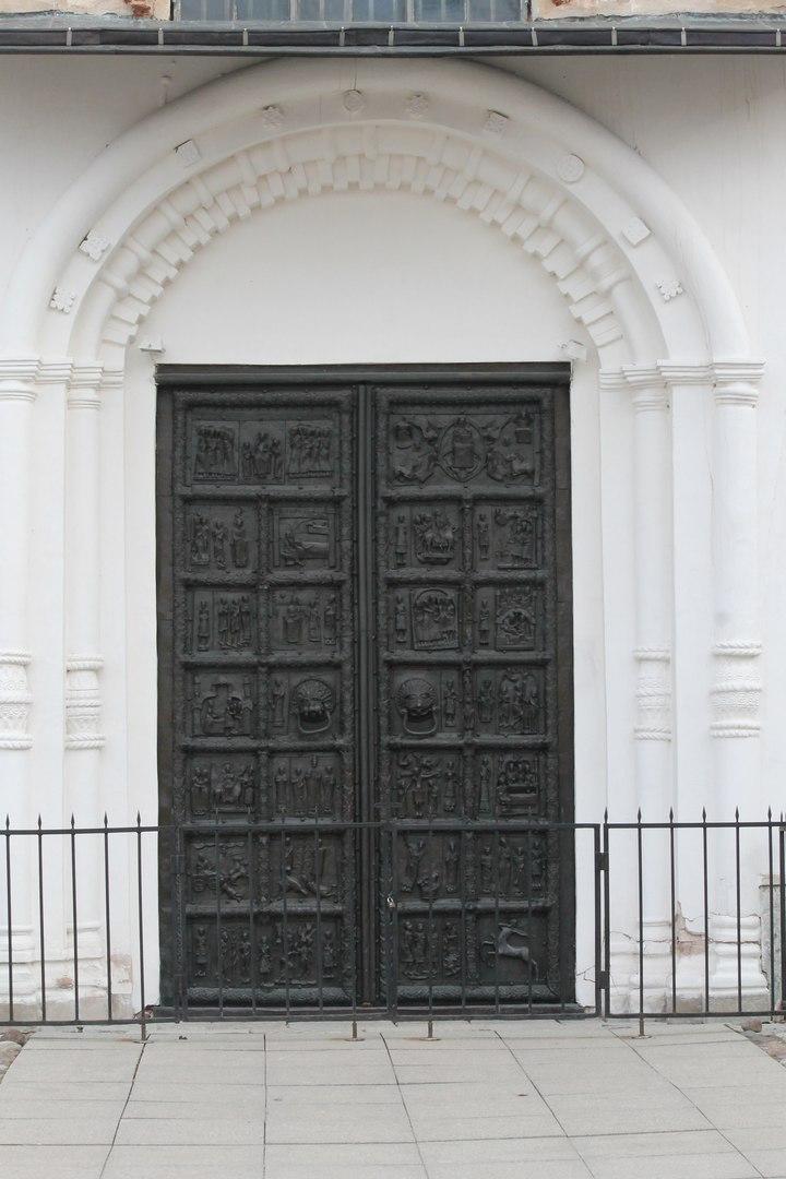 Картинки по запросу магдебургские врата софийского собора описание