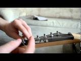 Как правильно заменить и натянуть струны на электрогитаре - Youtube